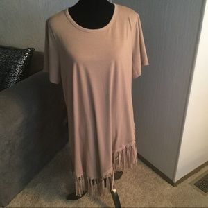 Long fringed top.    NWT